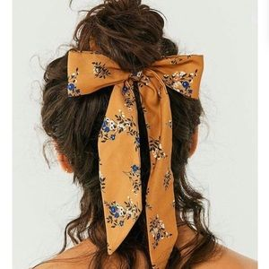 Urban Outfitters Yellow Floral Hair Bow